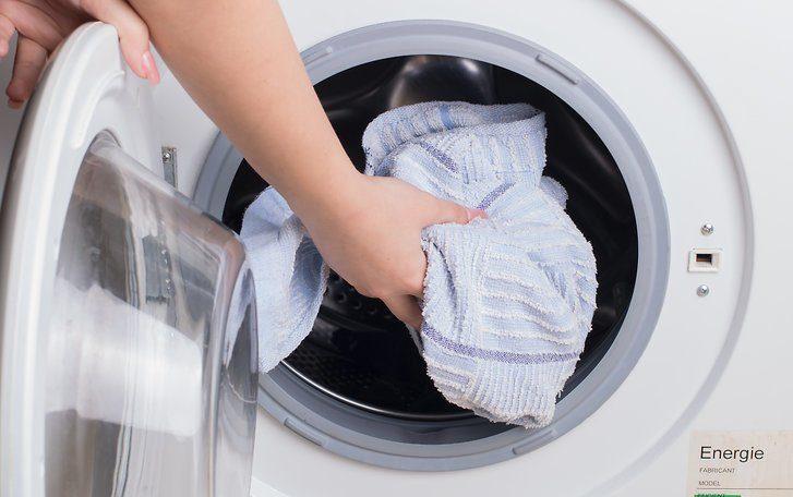 вещи в стиральной машинке